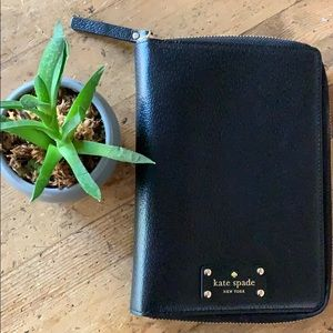 Kate Spade♠️ zip around agenda planner LEATHER